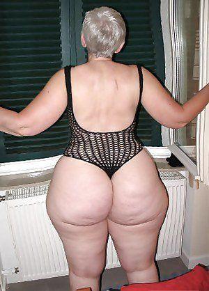 Mature big ass porno granny enjoys