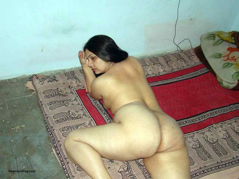 Real indian house wife pictures nude