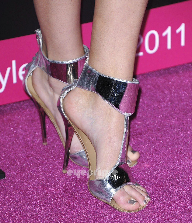 Kylie jenner feet