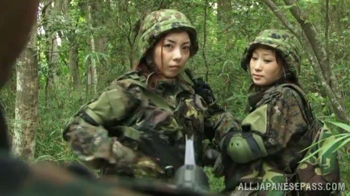 Hat T. recommendet army woman