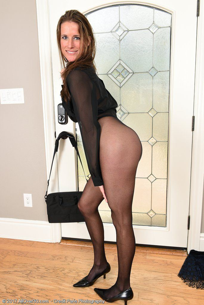 Whirly reccomend Pantyhose spread picss Milf Porn Pictures Collection