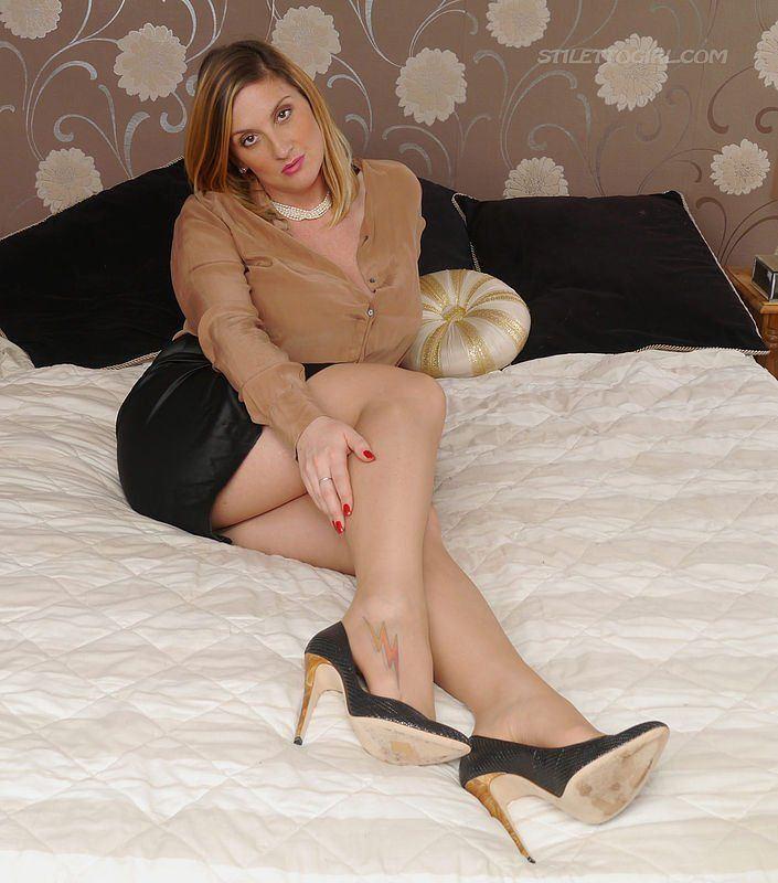 Girls pics stiletto Stiletto Heels