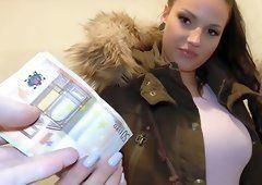 Sammie reccomend Amature deep blowjob cash